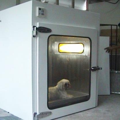 ตู้ปลอดเชื้อสำหรับรักษาสัตว์ที่ป่วย